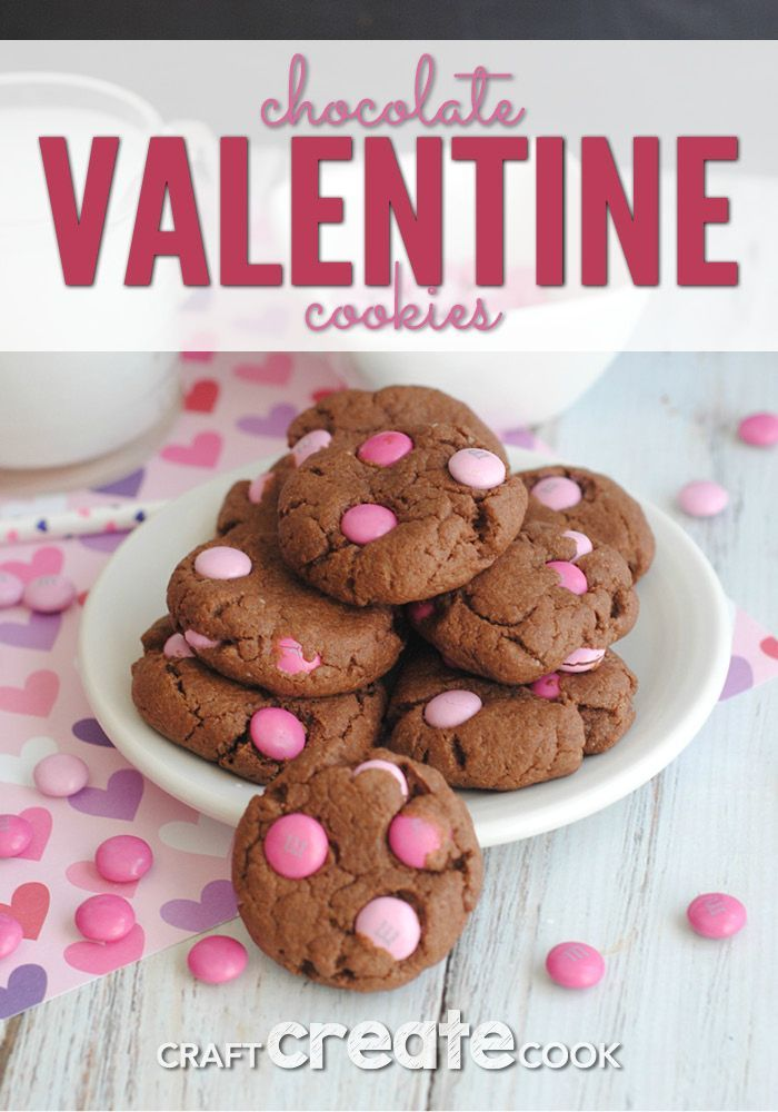 Chocolate Valentine Cookies are the perfect Valentine treat! via @CraftCreatCook1
