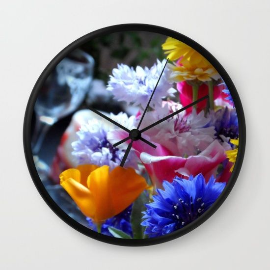 'Fresh Flowers' - wall clock. #s6wallclocks #wallclocks #flowers #flowery #blooms #bloomor #klocka #clock #society6 #color #colorful #kitchen #kitchenclocks