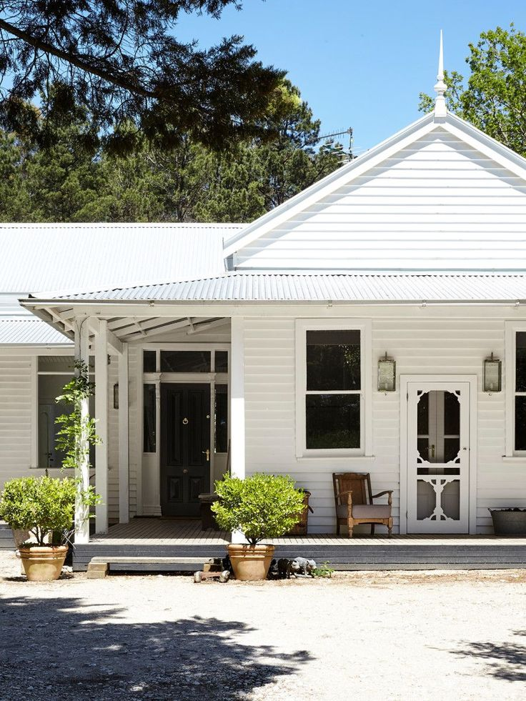 128 best exterior colour scheme images on pinterest for Weatherboard house designs