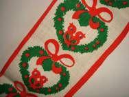 Retro Christmas danish textile table runner - 1970es. Material is jute. 15 x 105 cm.