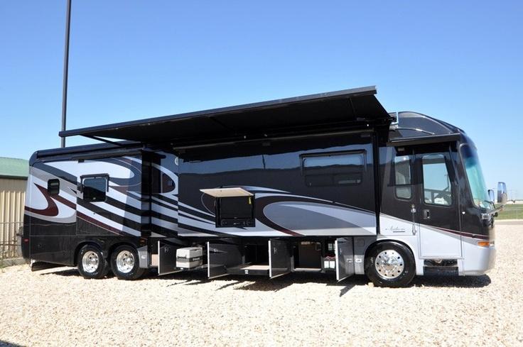 96 best custom motorhomes images on pinterest campers for Custom motor coach builders