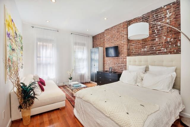 Name: Sabrina Location: Chelsea, NYC After 4 years of living in a dorm and renting light deprived apartments sharing with roommates, I finally am living in my very first home in NYC. I was blessed to find a cozy 450 square feet first floor walk-up studio in a prewar building in Chelsea.