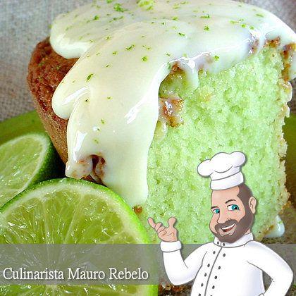 Bolo Verde de Limão  Culinarista Mauro Rebelo  Esse bolo foi postado por mim, primeiramente no fotolog e posteriormente em 2004 em nossa c...