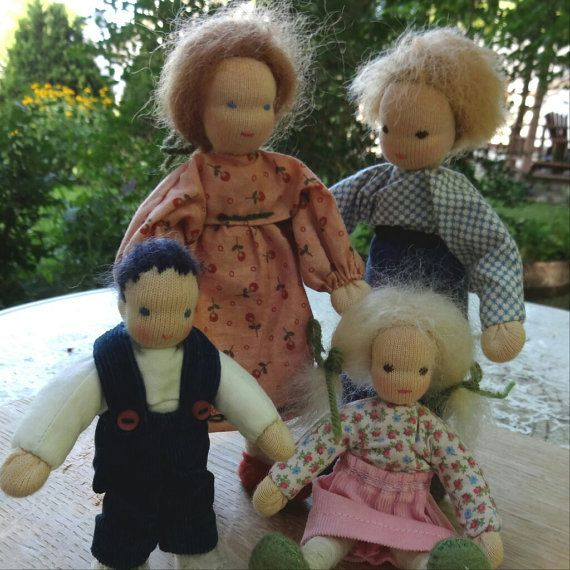 Doll family & carry bag travel playset posable by FabricWoolLove, bendy dolls
