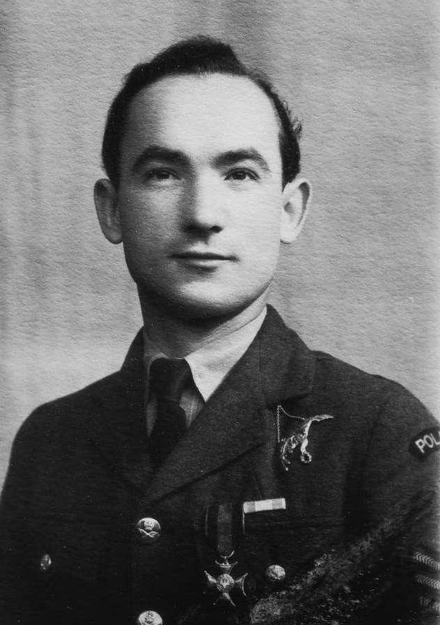 Sierżant (Sergeant) Stanisław Karubin (29 October 1915 - 12 August 1941). Victories: 7 confirmed - 0 probable - 0 damaged. Awards: Krzyż Srebrny Orderu Virtuti Militari (The Silver Cross of Virtuti Militari), Krzyż Walecznych 3-krotnie (Cross of Valour and 2 bars), Distinguished Flying Medal.
