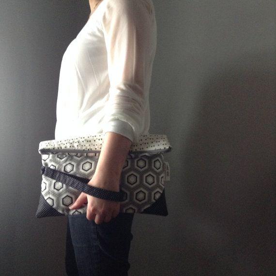 Ady  Pochette repliée sac à main. Pièce par Atelier455couture