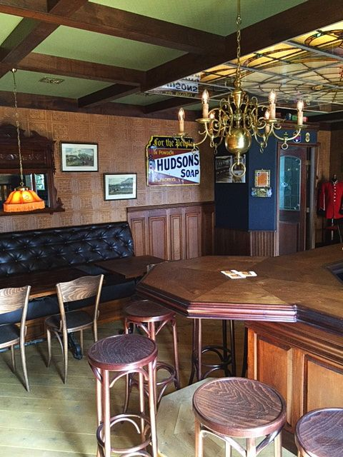 25 beste idee n over cafe interieurs op pinterest for Vols interieurs usa