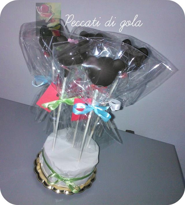 Minnie/ Mickey Mouse cake pops for Alice's 3rd birthday ...