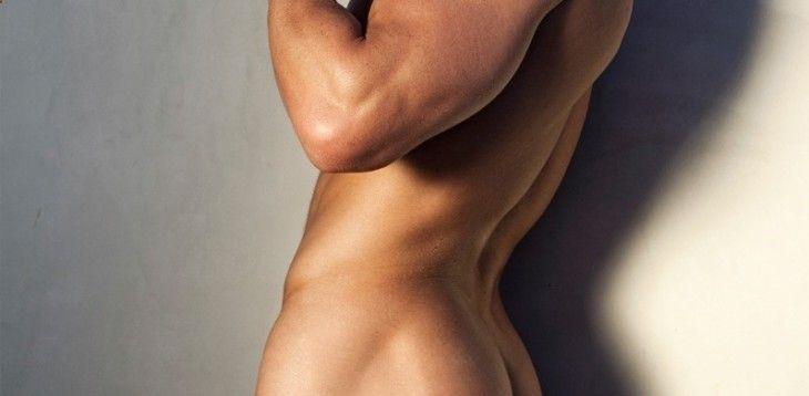 Por norma general, los grandes demandantes de las rutinas de entrenamiento y ejercicios para glúteos son las mujeres. Pero no nos engañemos, y aunque la premisa anterior es totalmente cierta, cada vez hay un número más creciente de hombres que anda preocupado por su estética y trata de conseguir tener unos glúteos perfectos a través […]