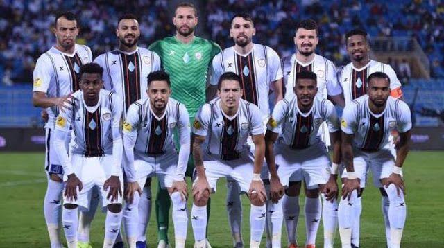 مشاهدة مباراة الشباب وأبها بث مباشر اليوم 24 8 2020 في الدوري السعودي Goals Soccer Field Match