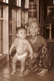 19 Cambogia -grandmother and grandson  by Emanuele Del Bufalo!