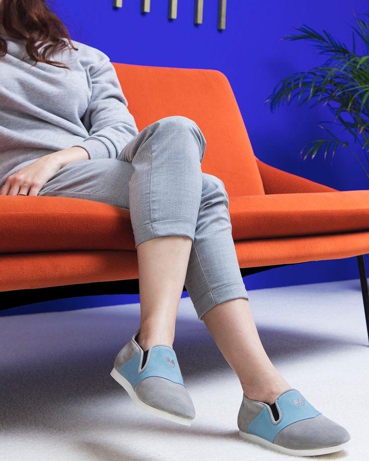 Notre collection hiver est inspirée du mouvement artistique Colorfield des années 50 🎨 #nenufar #unisex #indoorshoes #design #comfort #paris