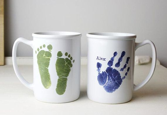 Love this idea for a father's day gift. Grab your favourite colour and pour out the paint onto a plate or container. Place your hand in the paint and then onto the blank mug. Using a Sharpie, write a message telling dad why he is the best ever.