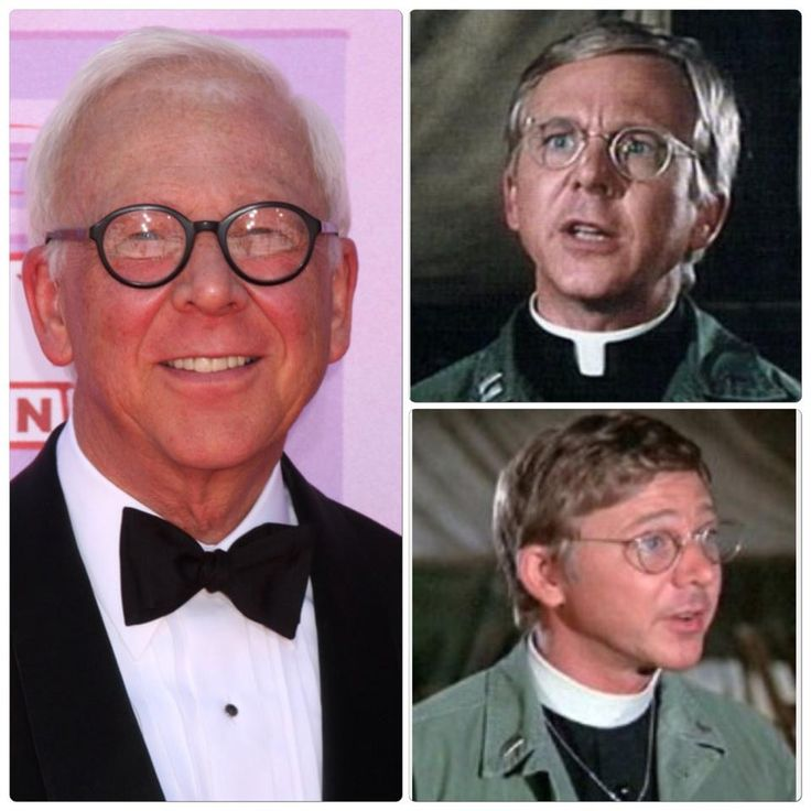 """William Christopher died December 31, 2016 of non-lung small cell carcinoma at age 84. Rest in Peace! The actor appeared in over 40 TV series and is best remembered as Father Francis Mulcahy on the TV series M*A*S*H from 1972 to 1983.   He also had recurring roles on """"Gomer Pyle"""" and """"Days of Our Lives."""""""