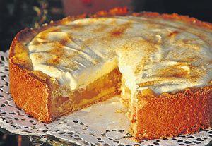 Bei dieser Apfel-Schmand-Torte von Marion Grüner aus Bad Bentheim, Landkreis Grafschaft Bentheim, haben Carolin (8) und Lennard (7) ihrer Mutter...