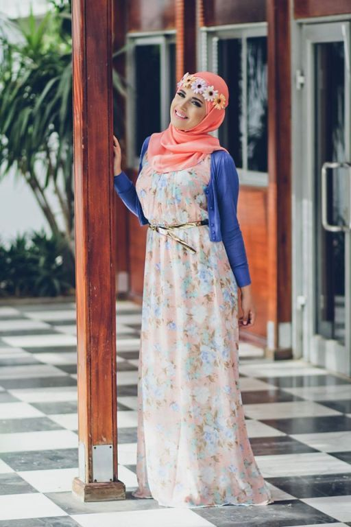 stylish chiffon maxi dresses with cardigans Delicate hijab designs for women…