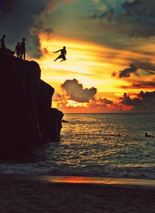 Cliff jump, Waimea Beach, Oahu.