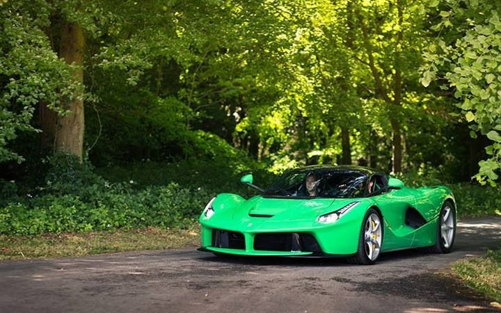Ferrari LaFerrari color verde de Jamiroquai