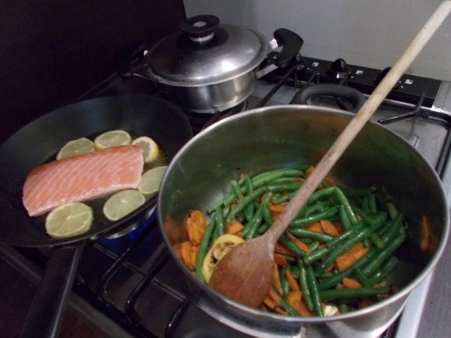 Citrommal sült lazac könnyű zöldséges körettel Recept képpel - Mindmegette.hu - Receptek