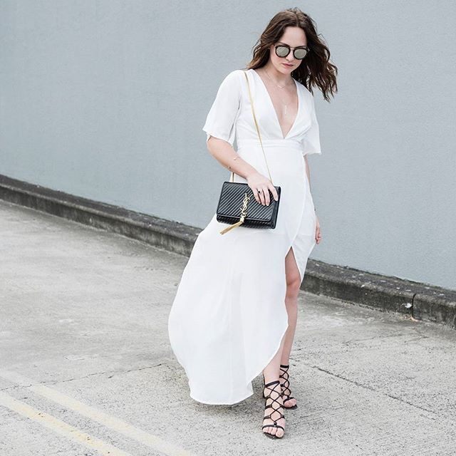 Our favourite stylist @briluhrmann looks drop-dead gorgeous in her dreamy white dress.   What a great #mystylefind! Steal her look now and shop this maxi dress in our Loving Things sale for $19   by the lovely @clickthisphoto ... #ozsale #ozsaleloves #mystylefind #stylist #fashionblogger #blogger #ootd #style #fashion #fashionista