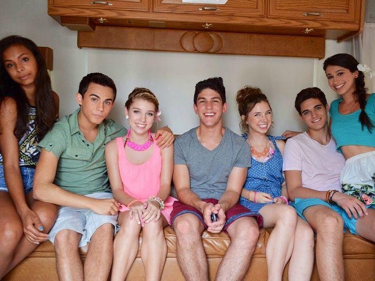 Every Which Way Nickelodeon   every-witch-way-cast-stars-nickelodeon-nick-dot-com-blog-eww_1.jpg