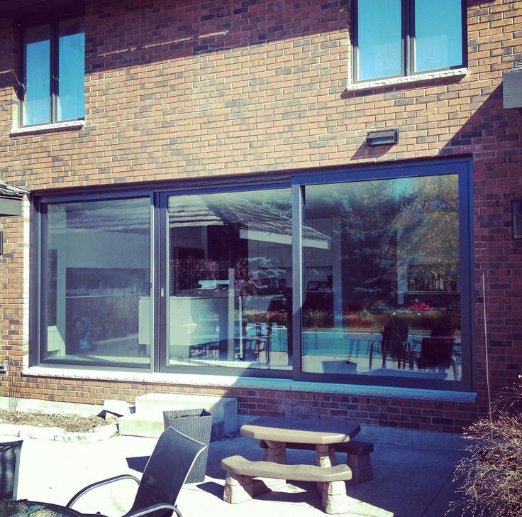 Amazing #liftandslide patio door. @LoewenDoors we open up your home and bring in the nature!