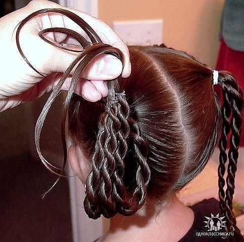 """""""Королевские"""" причёски для девочек (подробные фото-инструкции). Обсуждение на LiveInternet - Российский Сервис Онлайн-Дневников"""