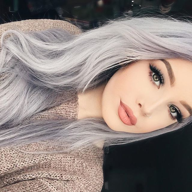 WEBSTA @ hailiebarber - It's a chill day in Texas ☃️ I love winter, but it makes me just wanna lay around!-EYES@kyliecosmetics Holiday Palette@girlactik Liquid Liner @shopvioletvoss Eyes Eyes BabyBROWS@anastasiabeverlyhills Dipbrow in soft brown FACE@makeupforeverofficial Ultra HD liquid foundation @lagirlcosmetics HD Matte powder @benefitcosmetics Hoola @artistcouture Double Take LIPS#kyliecosmetics Candy K
