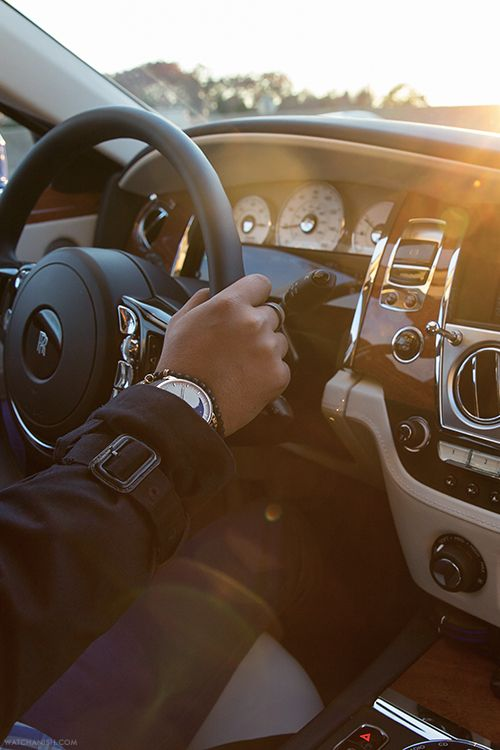 Arnold & Son HM Perpetual Moon on the wrist.Seated in a Rolls Royce Ghost.