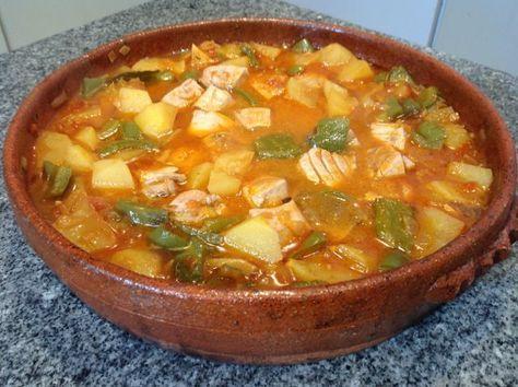 Marmitako de atún Ver receta: http://www.mis-recetas.org/recetas/show/69641-marmitako-de-atun