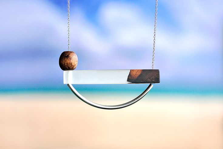 Stay afloat necklace