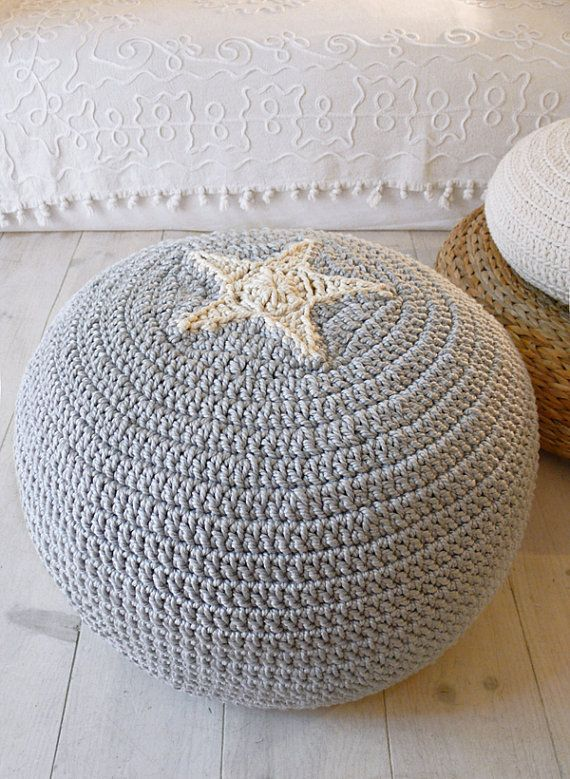 Pouf Crochet Star- ecru and gray    Big knitted pouffe.    The outer cover can be removed for washing.    size: diameter: 50cm x 30cm hight