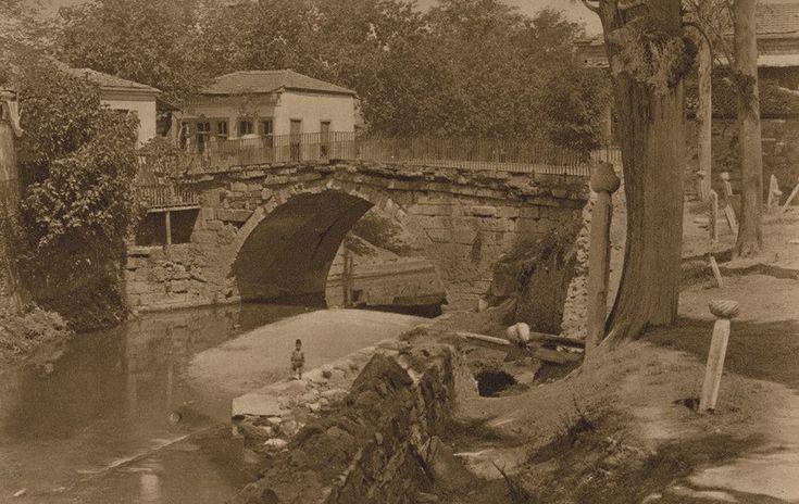 1919 izmir'inin hiç bilinmeyen fotoğrafları.                                 Meraklısına; Daha fazlası için instagram,twitter,facebookadreslerinden takip edebilirsiniz.