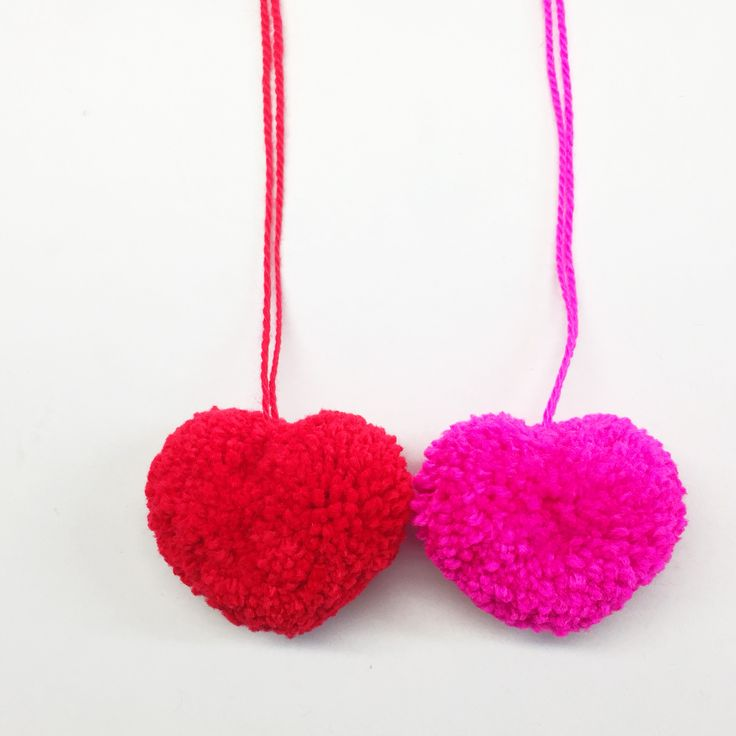How to make a #heart #shaped #pompom for #valentines #day - free #tutorial over on our blog now!
