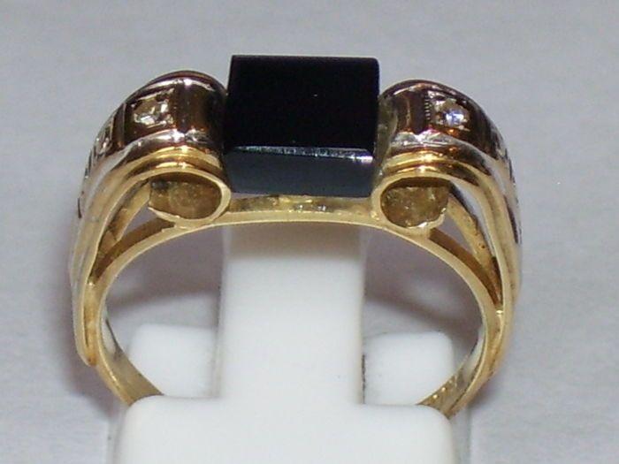 14 karaat geelgouden Art Deco ring met Onyx en 2 Diamanten  EUR 1.00  Meer informatie