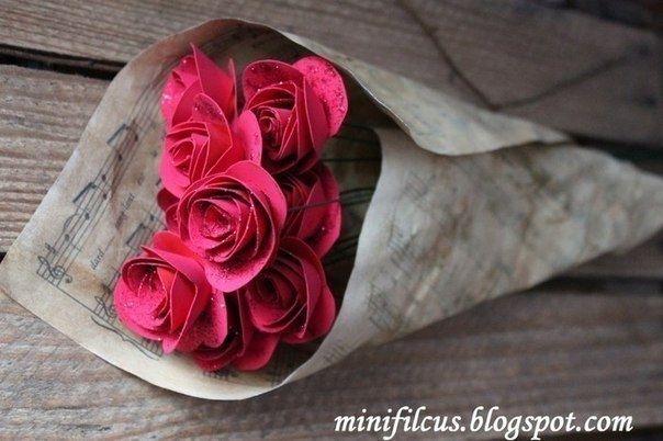 Как сделать бумажные розы
