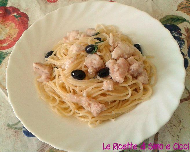 Spaghetti con Pesce Persico e Olive Nere