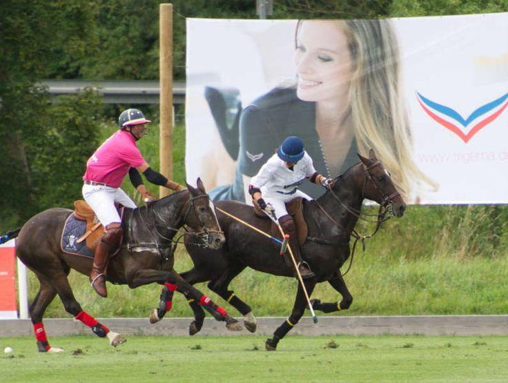 Modernes Polo-Spiel beim Polo Cup in Donaueschingen