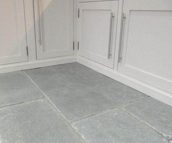Limestone floor - grey