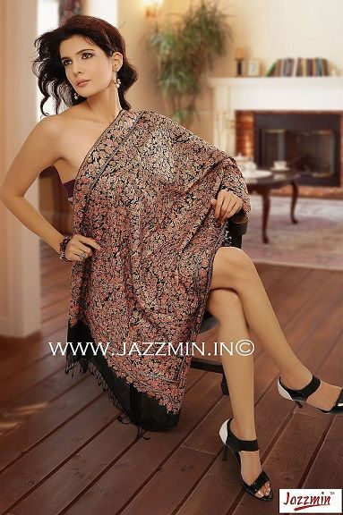 Buy Stylish and Classic Cashmere Scarf Online at Jazzmin