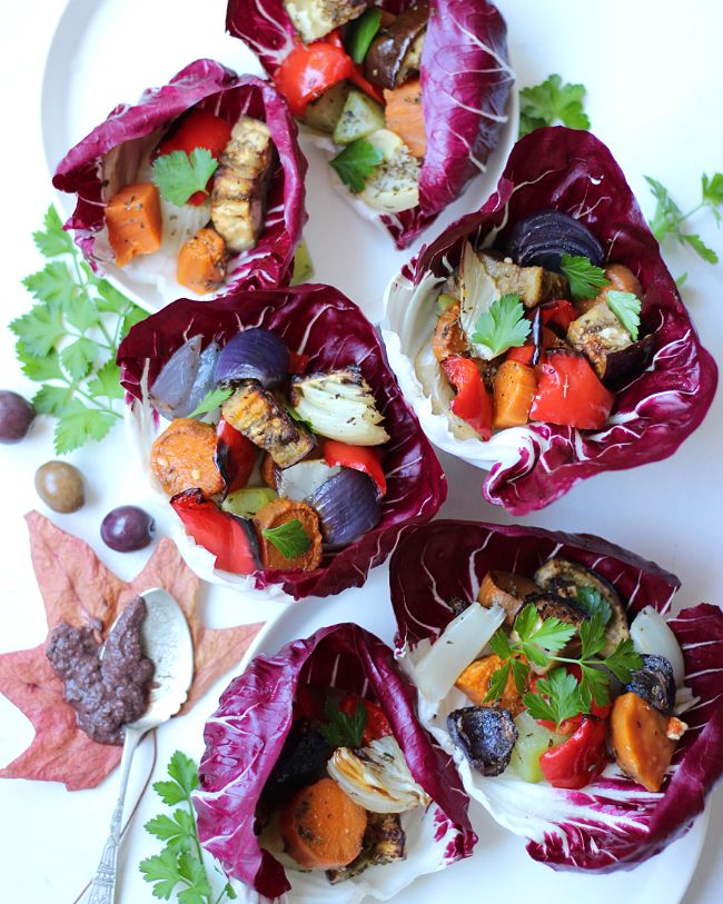 I don't know about you but I love anything that is or resembles a wrap so I decided to use radicchio leaves for this flavoursome recipe!