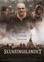 14. yüzyıl. Norveç, orta çağ döneminin kirli ve karanlık döneminin cadı ve troll hurafeleri yüzünden insanlara atılan iftiralarla yakılarak öldürüldüğü günleri anlatan gerçek yapıt bir film.