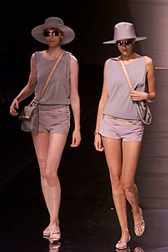 Emporio Armani Spring 2001 Ready-to-Wear Collection Slideshow on Style.com