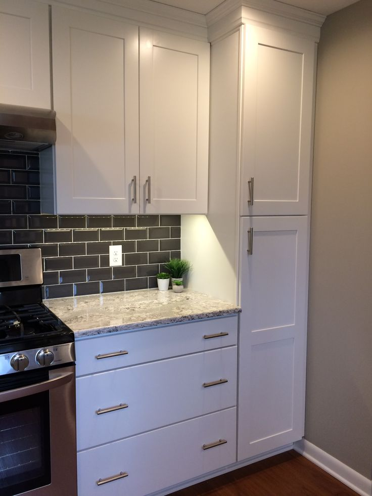 Summerhill Cambria Quartz White Cabinets With Drawers