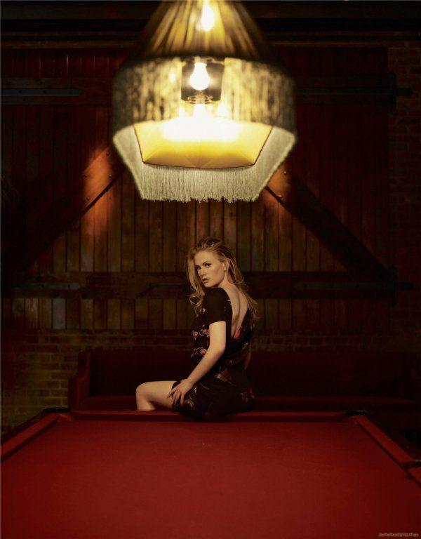 Anna Paquin as Sookie - True Blood