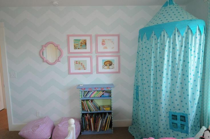 best 25 chevron girls bedrooms ideas on pinterest chevron girls rooms baby wall decor and. Black Bedroom Furniture Sets. Home Design Ideas