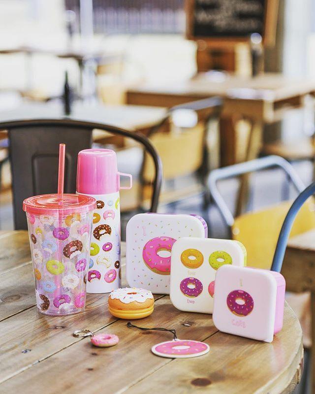 "Design Donut et slogan ""I donut care"""