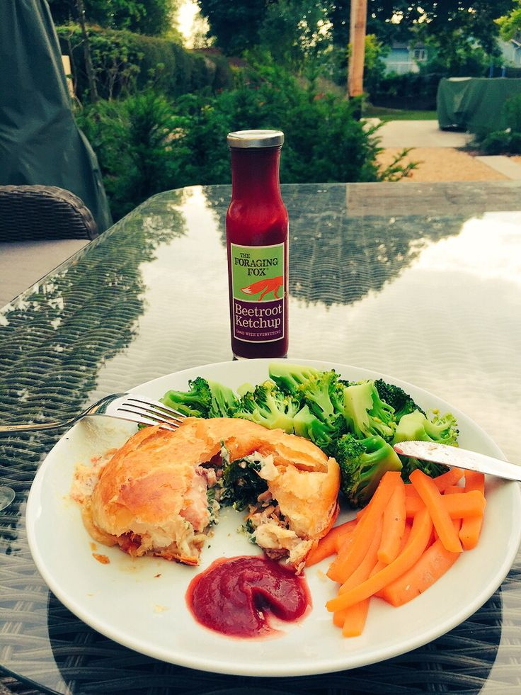 The Foraging Fox Beetroot Ketchup with Salmon En Croute!