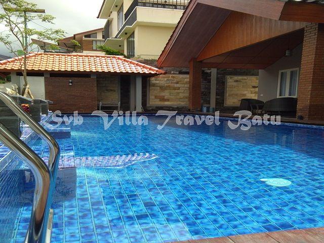 Villa Kolam Renang Batu R7