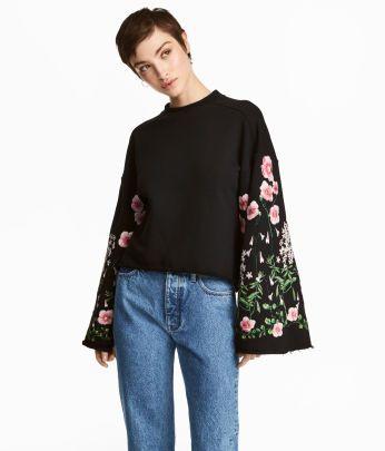 Handla nyheter från vår new-kollektion för kvinnor på hm.com. Hitta de senaste modetrenderna online på H&M- handla online eller i butik.